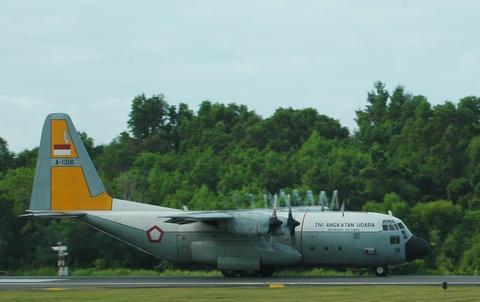 pesawat hercules 130